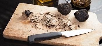 5 Tips for Eating Shrooms and Magic Truffles